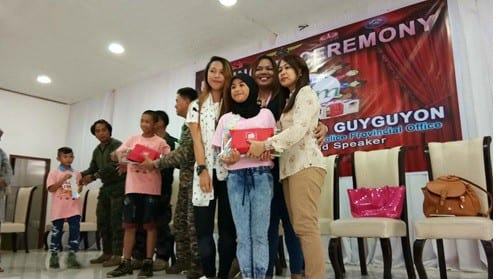 Mommy Bloggers Shared the Love to the Kids of Marawi Through Nutri10Plus